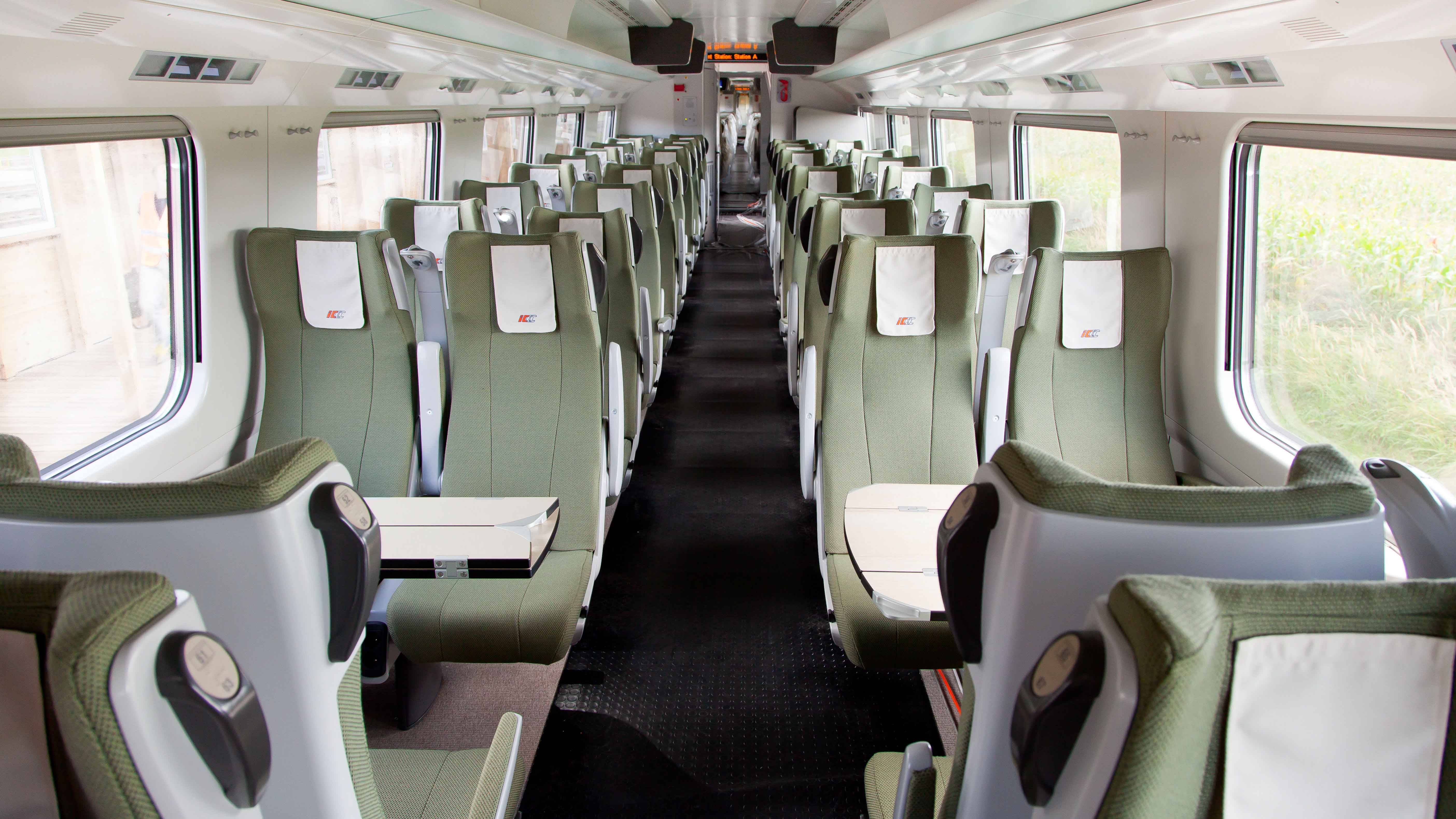 Express InterCity Premium 7-2